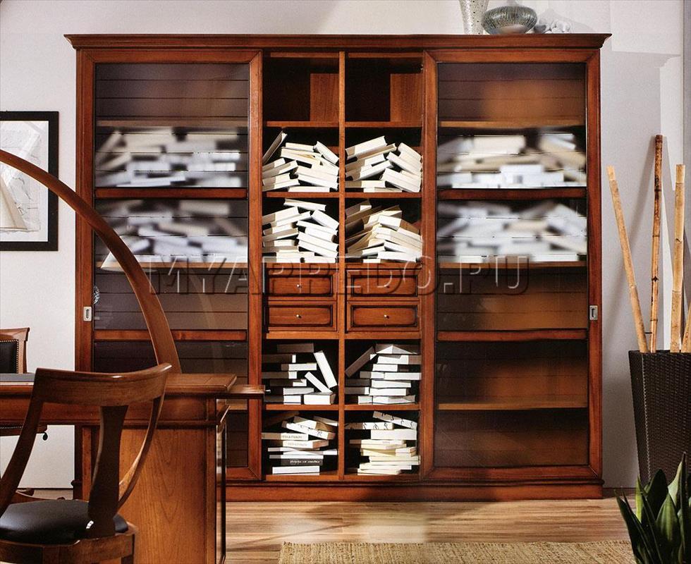 Книжный шкаф со стеклом - эстетичное хранение бумажных томов.